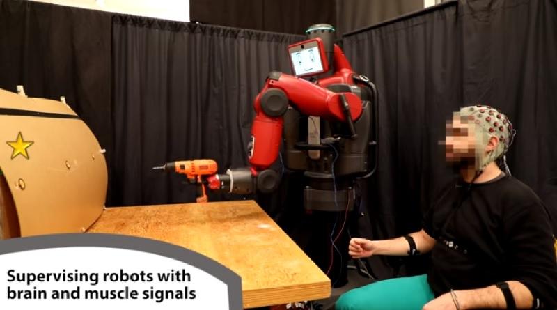 Baxter, il robot controllato con gesti e pensiero