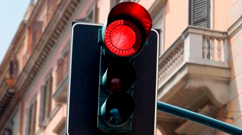 Mazara del Vallo, rubato semaforo a un incrocio