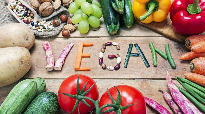 Rimpicciolimento dei testicoli nei vegani: la tesi attribuita al dottor Calabrese che gira in rete