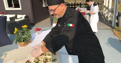 La pizza ai grani antichi siciliani al club Ferrari di Parigi grazie a Sicicon Valley