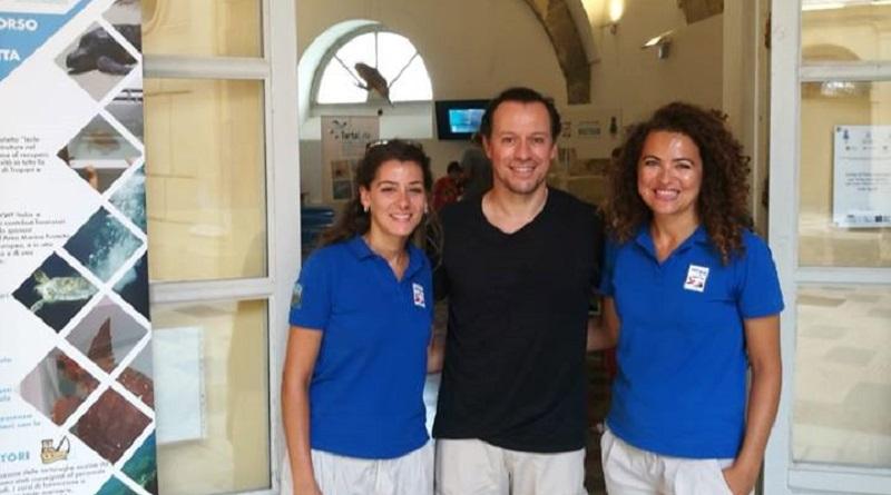 Stefano Accorsi vacanza Egadi Centro di Primo Soccorso tartarughe marine