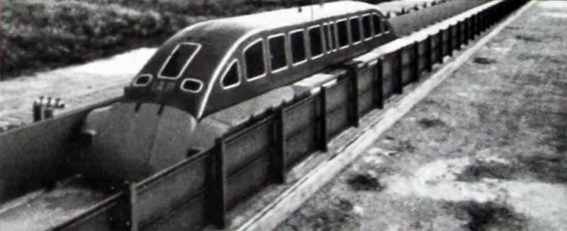 Prototipo di treno a levitazione magnetica costruito negli anni 70 a Trapani Milo