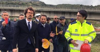 """M5S, mozione Ars per stato di emergenza: usare quasi 300 mln per 180 strade provinciali: """"Toninelli è d'accordo"""""""