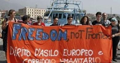 Manifestazione a Catania contro Frontex