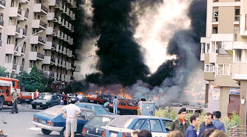 Mafia, strage di via D'Amelio che uccise Paolo Borsellino e la sua scorta