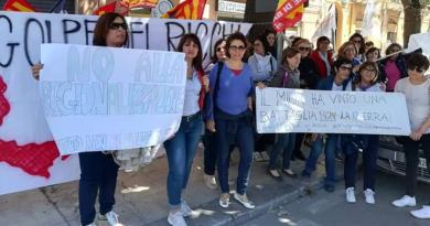"""Esiliati scuola, """"Il Sud conta"""" annuncia presidio davanti le prefetture di Catania, Napoli e Pescara"""