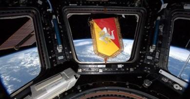 Luca Parmitano manda in orbita il simbolo della Sicilia, sulla plancia della stazione spaziale internazionale