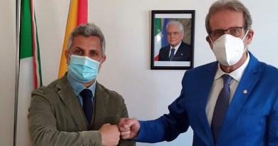 Da sinistra il direttore del'AMP Davide Bruno e il Sindaco di Ustica Salvatore Militello