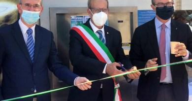 Ustica, sindaco Militello inaugura Casa dell'acqua pubblica, presenti gli assessori Cordaro e Falcone