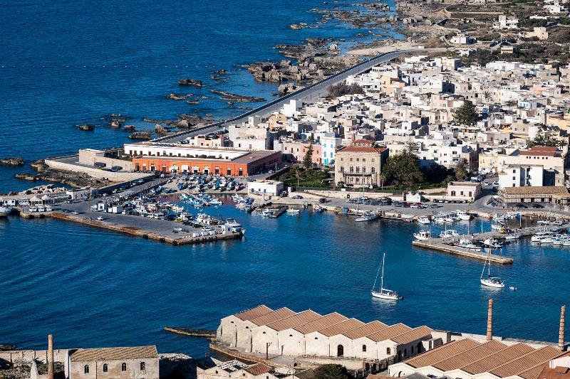 Favignana, porto e tonnara Florio