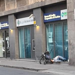 senza casa a Catania