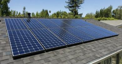 Celle fotovoltaiche sul tetto di una casa
