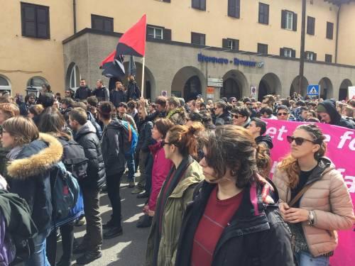 Brennero, manifestazione pro migranti 9