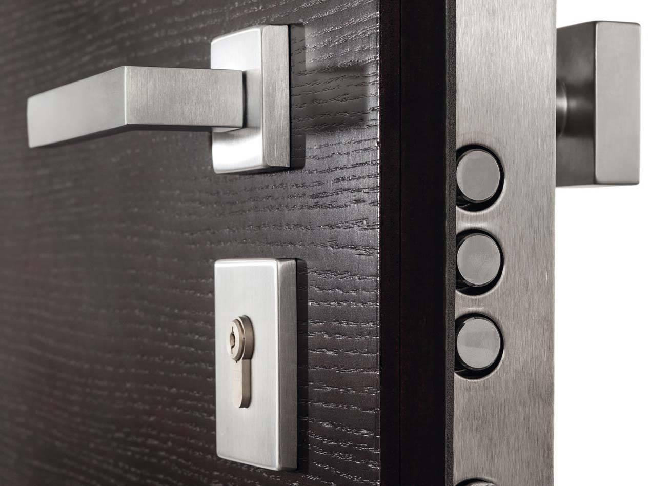 La casa protetta anche in estate con i consigli di Vighi Security Doors  Il Giornale del Serramento