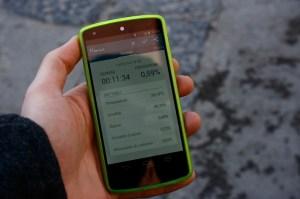 I dati vengono trasmessi dal sensore portatile allo smartphone.