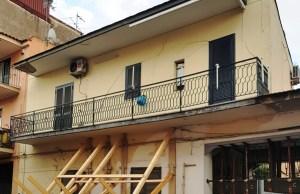 casa rischio crollo via caputo