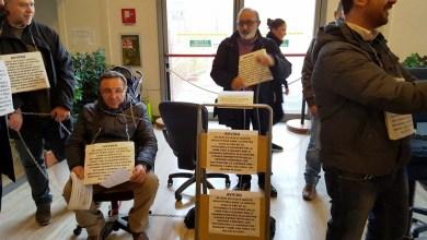 Photo of Sfrattati da Ceci (Caremar) e dalla Polizia i bigliettai licenziati