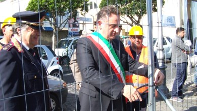 """Photo of """"Pontile farsa: Giosi, fai solo chiacchiere"""""""