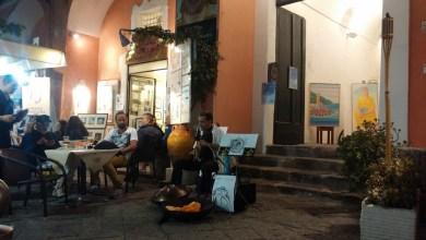 """Photo of Notte magica per il borgo di Ischia Ponte con """"IschiArt – in…cantando sotto le stelle"""""""