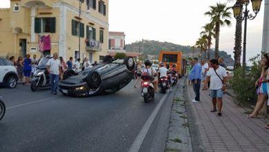 Photo of Pauroso incidente a Lacco Ameno, miracolosamente illeso il conducente