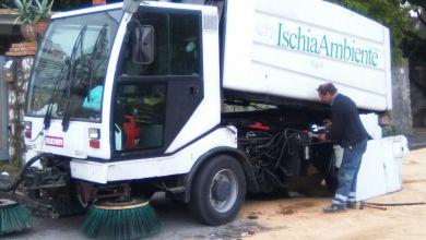 Photo of Ischia Ambiente, camion perde olio: traffico deviato e in tilt