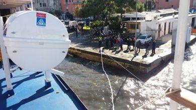 Photo of Traghetto arenato sul porto di Procida, iniziano le operazioni di sbarco dei passeggeri
