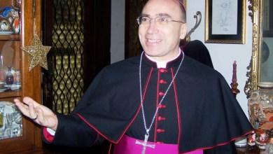 """Photo of """"Fuori casa"""", il messaggio di Natale del vescovo Lagnese"""