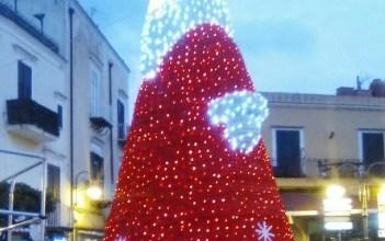 Photo of Aria di festa, ecco Babbo Natale in Piazza Antica Reggia