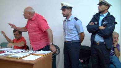 Photo of Riprese tv negate in consiglio, si annulli la delibera