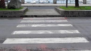 Photo of Via Cristoforo Colombo e quelle strisce pedonali a metà