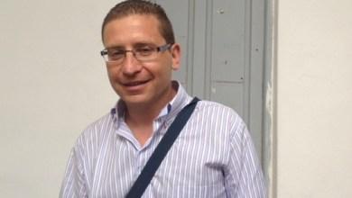 Photo of Luciano Castaldi e l'ironia da elezioni: «Cerco donne, ma non sono un rattuso»