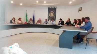 Photo of Barano, Paolino contro Clotilde: «Dal tuo entourage solo commenti volgari!»