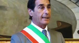 Photo of Imbratti alla chiesa del soccorso,  Giacomo Pascale: «Basta rovinare tutto per pochi delinquenti, ci vuole il pugno di ferro»