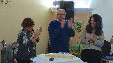 Photo of Lacco Ameno, il medico Irace va in pensione: i pazienti ringraziano con una festa a sorpresa