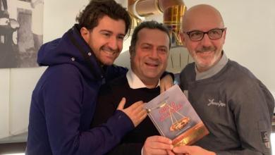 """Photo of """"Diritto alla pizza"""", le guerre tra pizzaioli raccontate da Angelo Pisani"""