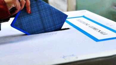 """Photo of Elezioni: c'è anche Arnaldo, ultimi giorni di """"fuoco"""" prima della verità"""