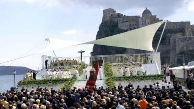 Photo of Diciassette anni fa la prima volta di un Papa a Ischia