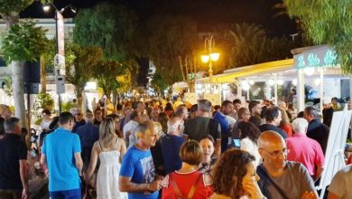 """Photo of """"Ischia in festa"""" con tropi brani cantati in inglese stenta a decollare"""