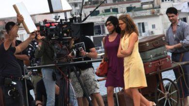 """Photo of Ischia cambia volto con """"L'amica geniale"""". Fine delle riprese, si ricomincia a luglio"""