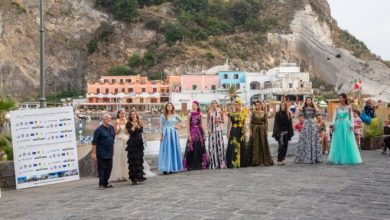 Photo of Sant'Angelo, la moda in piazzetta con Ischia fashion weekend