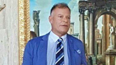 """Photo of De Girolamo, un """"grazie Francesco"""" tra onore delle armi e ironia"""