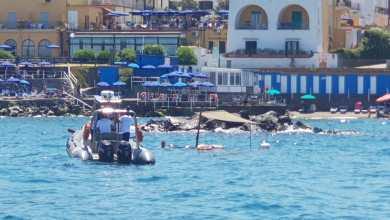 Photo of Barca rischia di affondare: salvati in sei, a bordo anche due bambini