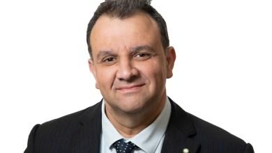 Photo of Il sindaco dona lampada votiva alla Chiesa della Sentinella