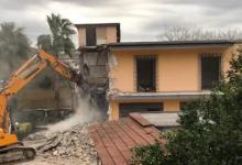 Photo of Sospendete la demolizione, ma la casa è già stata abbattuta!