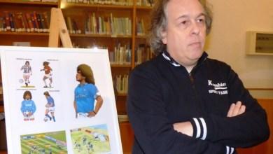 Photo of Tutti pazzi per il calcio illustrato, l'evento in Biblioteca con Pino Taglialatela