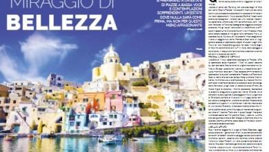 Photo of Il magazine ufficiale delle Ferrovie dello Stato nell'ultimo numero, dedicato alle vacanze, esalta le bellezze delle isole del golfo di Napoli