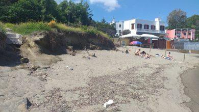 Photo of CASAMICCIOLA Sopralluogo alla spiaggetta della Fundera, si lavora al restyling