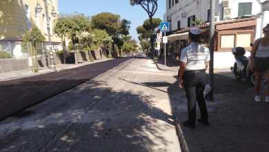 Photo of Ischia, tempo di lavori: asfalto in via Michele Mazzella