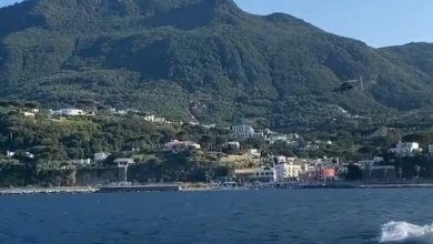 Photo of Lady Ospina saluta l'isola d'Ischia su Instagram