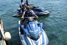 Photo of LA FOTONOTIZIA Polizia, controlli in mare con gli acquascooter